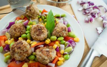 comidas ricas en proteinas para aumentar masa muscular_albondigas de pollo